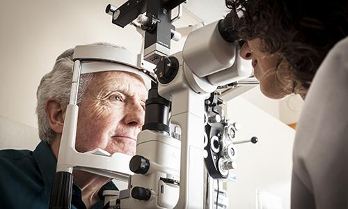 Chirurgie au laser de la cataracte