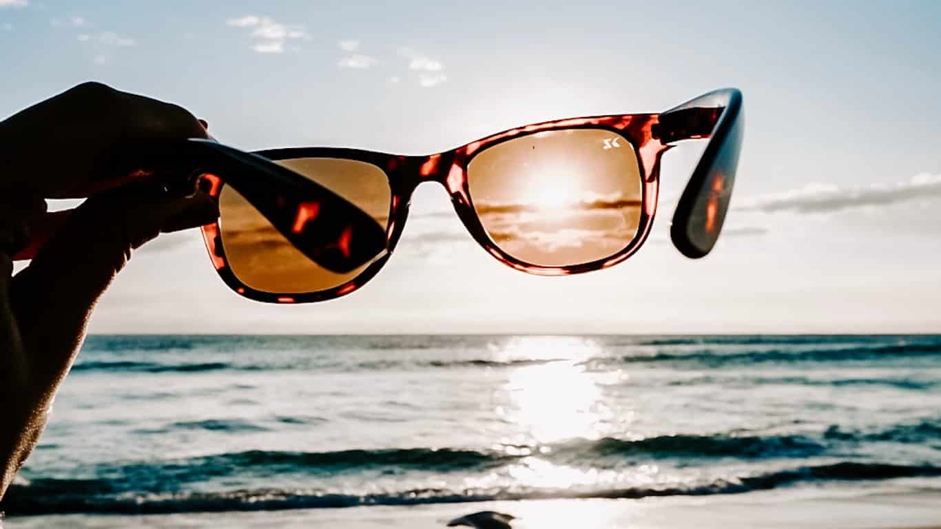 sunglasses protect your eyes