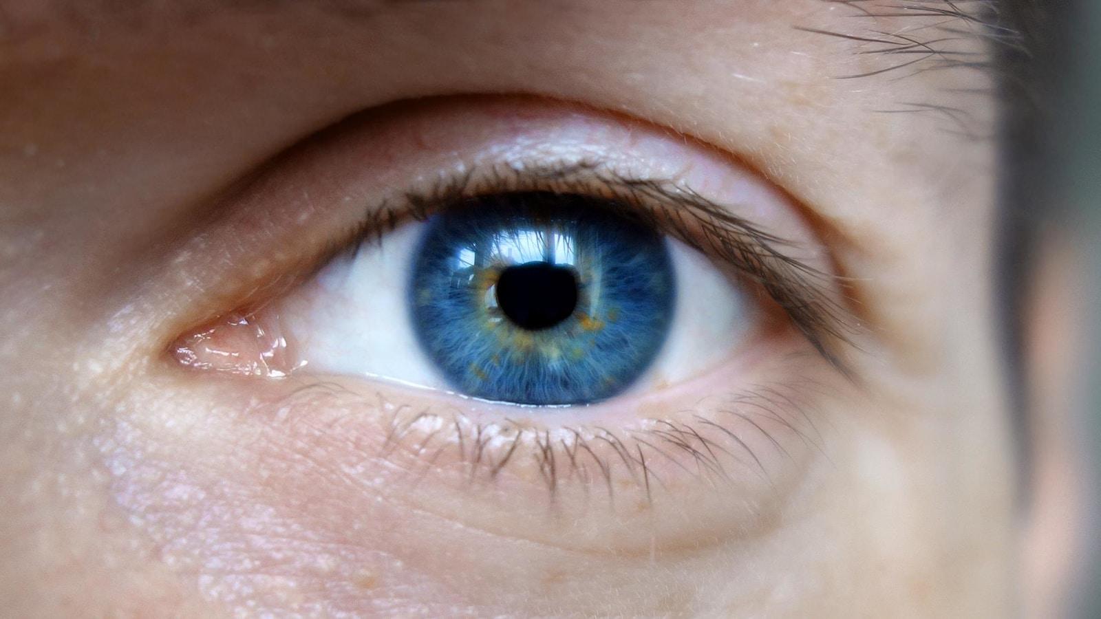 oeil-bleu-yeux